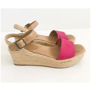 Eileen Fisher Clasp Sandals Size 9 Wedge
